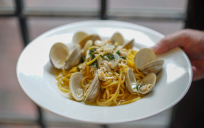 seafood pasta w/ clams